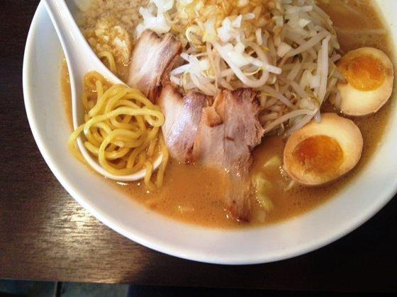umenoya-ramen-2-thumb-560x420.jpg